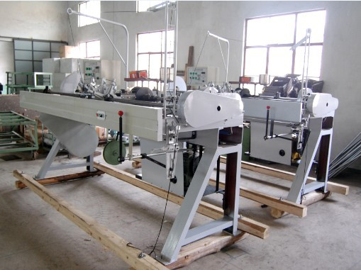 100 Automatic handbag lace tipping machine